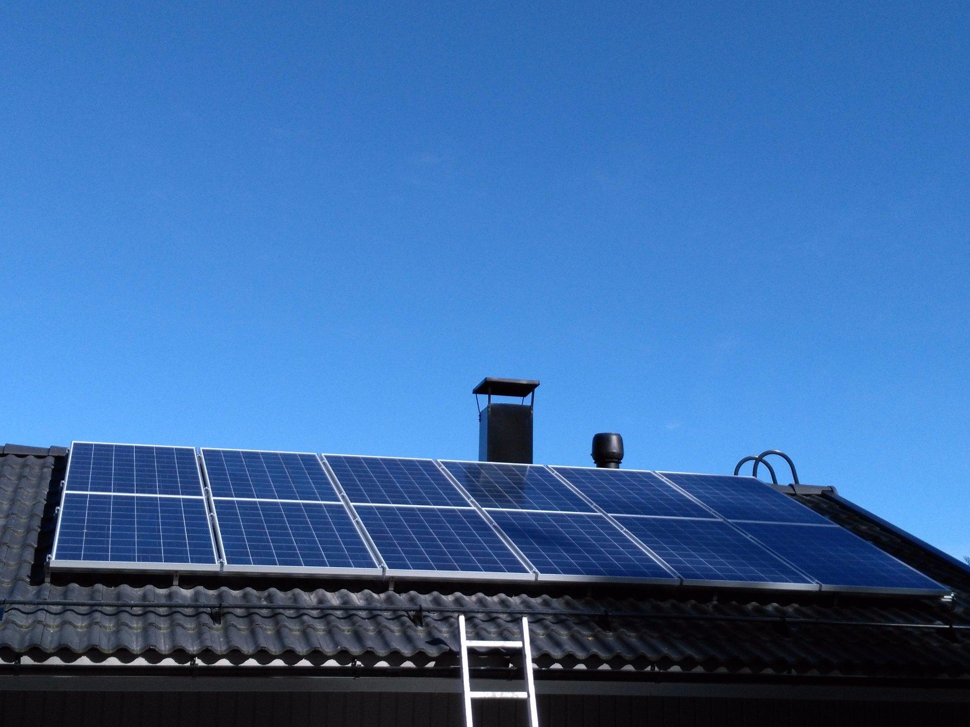 Aurinkosähköjärjestelmä 3.2kW Halikko